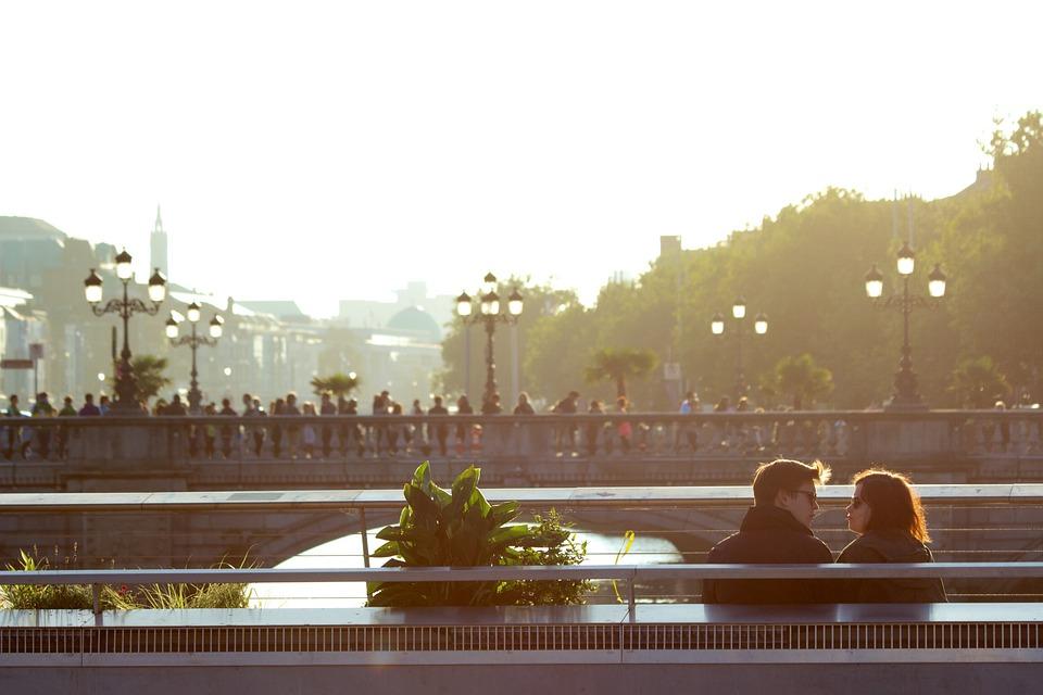 couple-498457_960_720