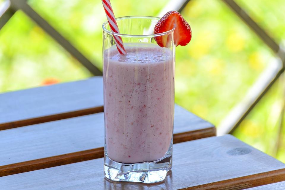 strawberry-drink-1411374_960_720