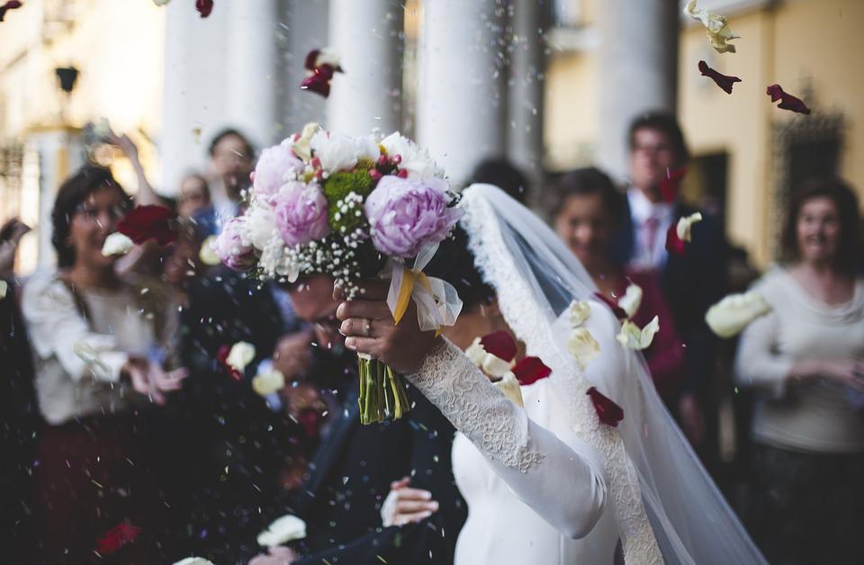 wedding-1836315_960_720